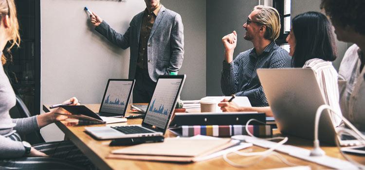 Colaboración con empresas digitalmente maduras